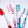 10 Dinge, die Sie beim Zähneputzen falsch machen