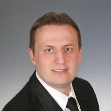 Dr. Kámán Attila