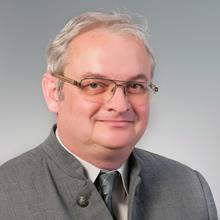 Dr. med. dent. Károly Somlai