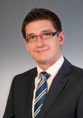 Dr. med. dent. Andrej Galanov