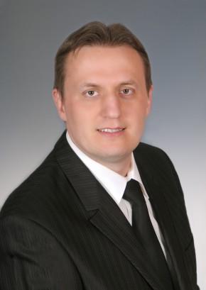 Dr. med. dent. Attila Kámán